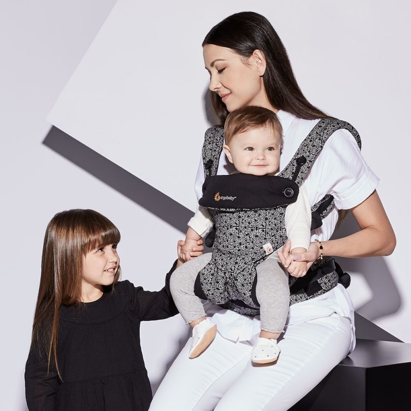 ee8a333574f Ergobaby All Position 360 Baby Carrier - Keith Haring