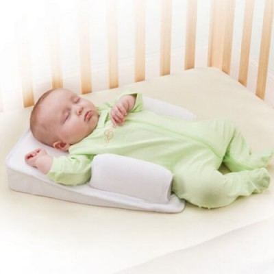 The First Years AirFlow Inclined Wedge with Sleep Positioner